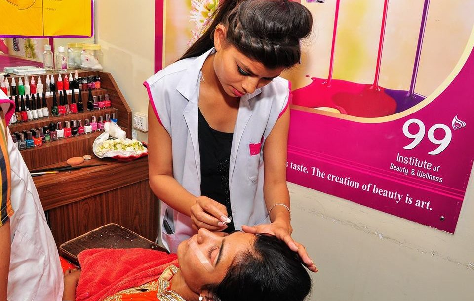 Makeup Institute, Beauty Academy and Hair Salon